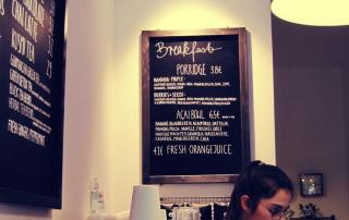 Café Neundrei Mitte - breakfast menu