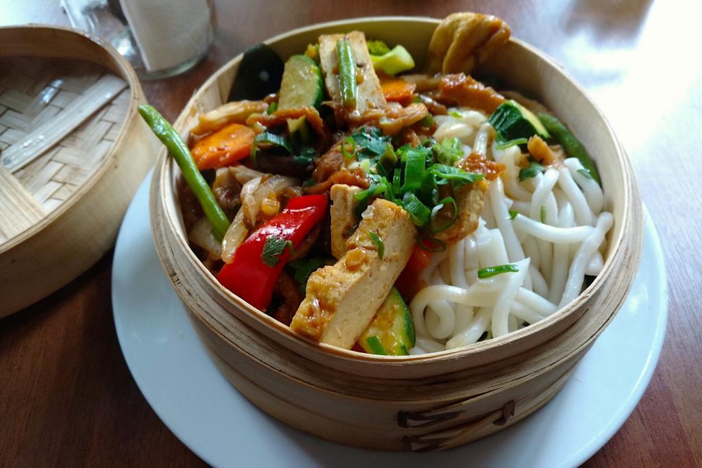 Vegan Udon noodles